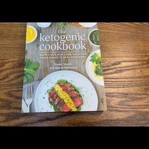2/$20 The Ketogenic Cookbook